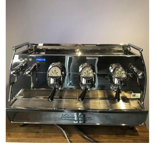 Кофемашина VICTORIA ARDUINO ADONIS + 3 GR